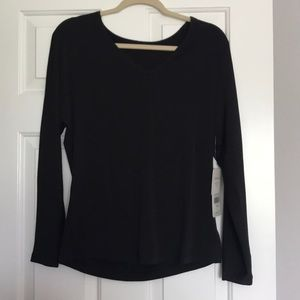 NWT Fabletics Lydia Side Slit LS Tee